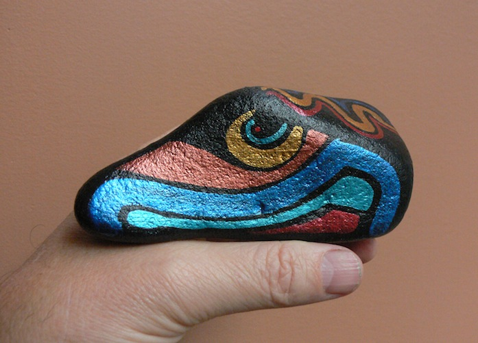 RAVEN'S TONGUE: Hand-Painted Stones by ROCKSTARZ